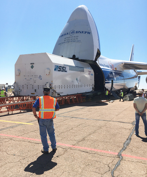 Amazonas 5 arrives at Baikonur